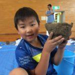 気分は縄文人!野幌小学校の土器づくり授業!